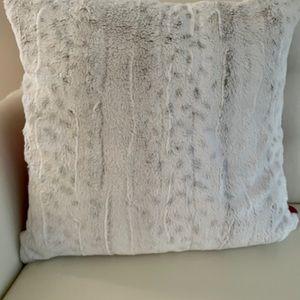 """22""""x22"""" DKNY decorative pillow"""